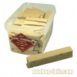 bonbon-guimauve-bonbon-chamallows;auzier-chabernac-pate-vanillee-a-la-reglisse-laniere
